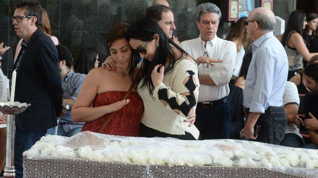 Corpo de Marcelo Rezende é velado e enterrado em São Paulo