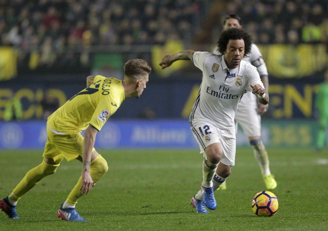 Marcelo vai ficar de fora do time espanhol (Foto  Heino Kalis Reuters) a4aac26dc1ff9