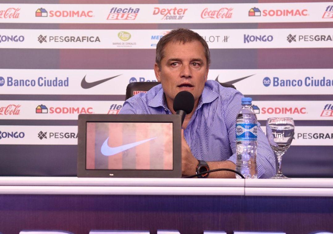 Aguirre deixa San Lorenzo após eliminação na Libertadores