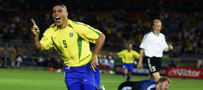 Em 2002 Ronaldo foi pentacampeão com a seleção brasileira no Japão