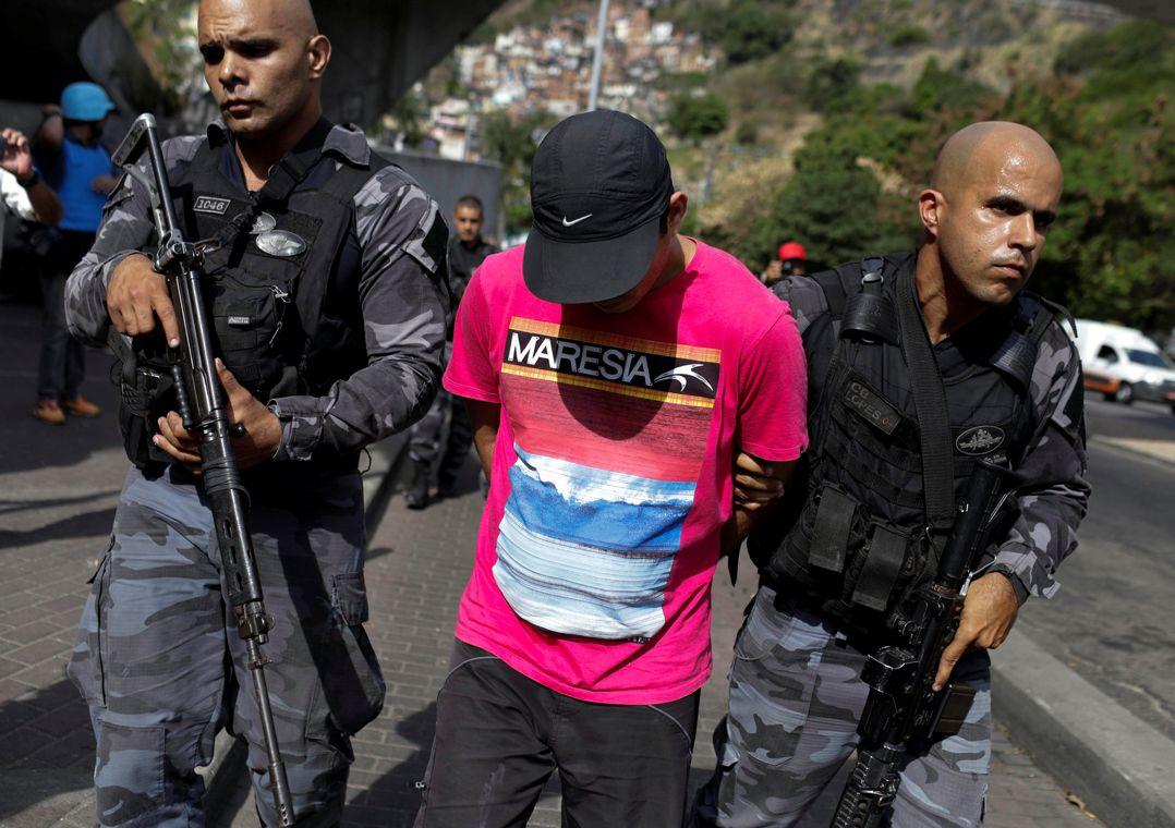 Favela da Rocinha tem novos tiroteios