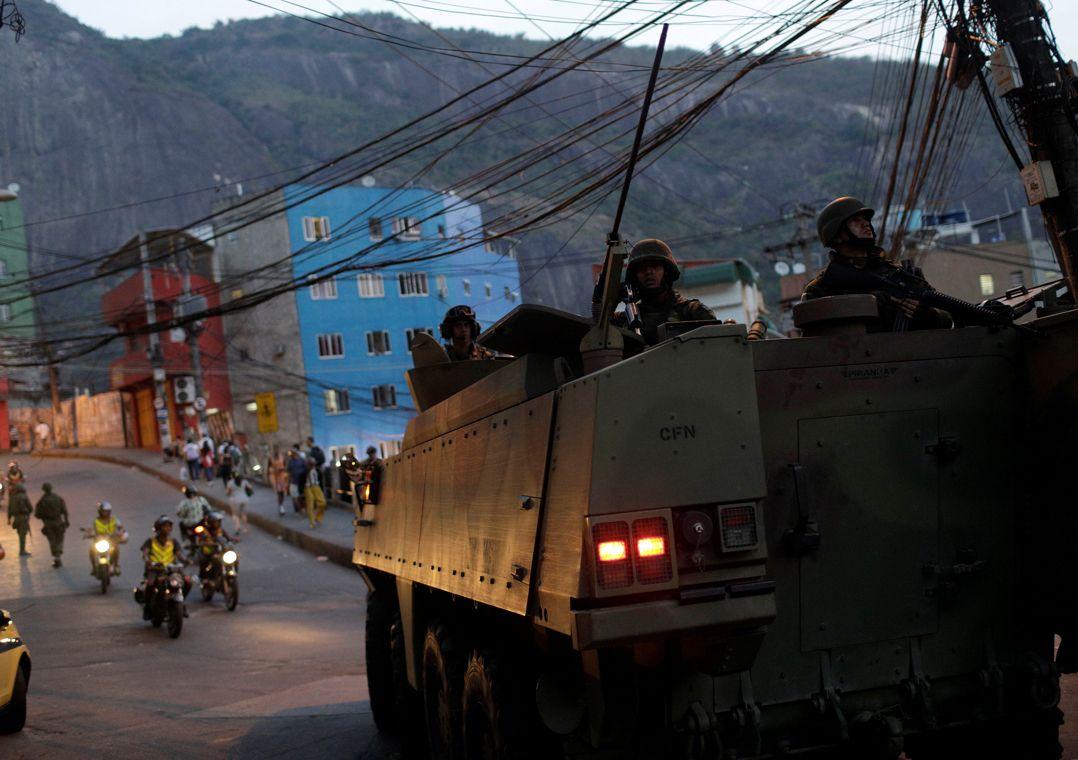 RJ: Bandidos sequestram dois na zona sul