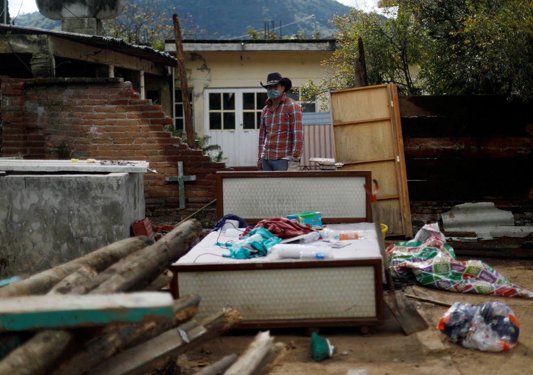 México: terremoto mata uma pessoa e derruba casas e ponte