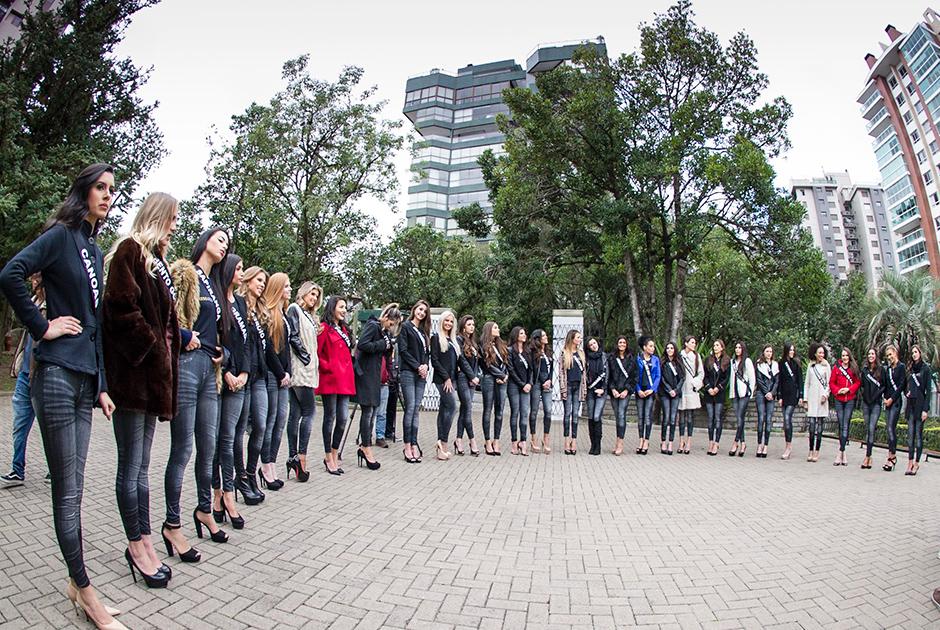 Candidatas ao Miss Rio Grande do Sul participam de desafio fashion
