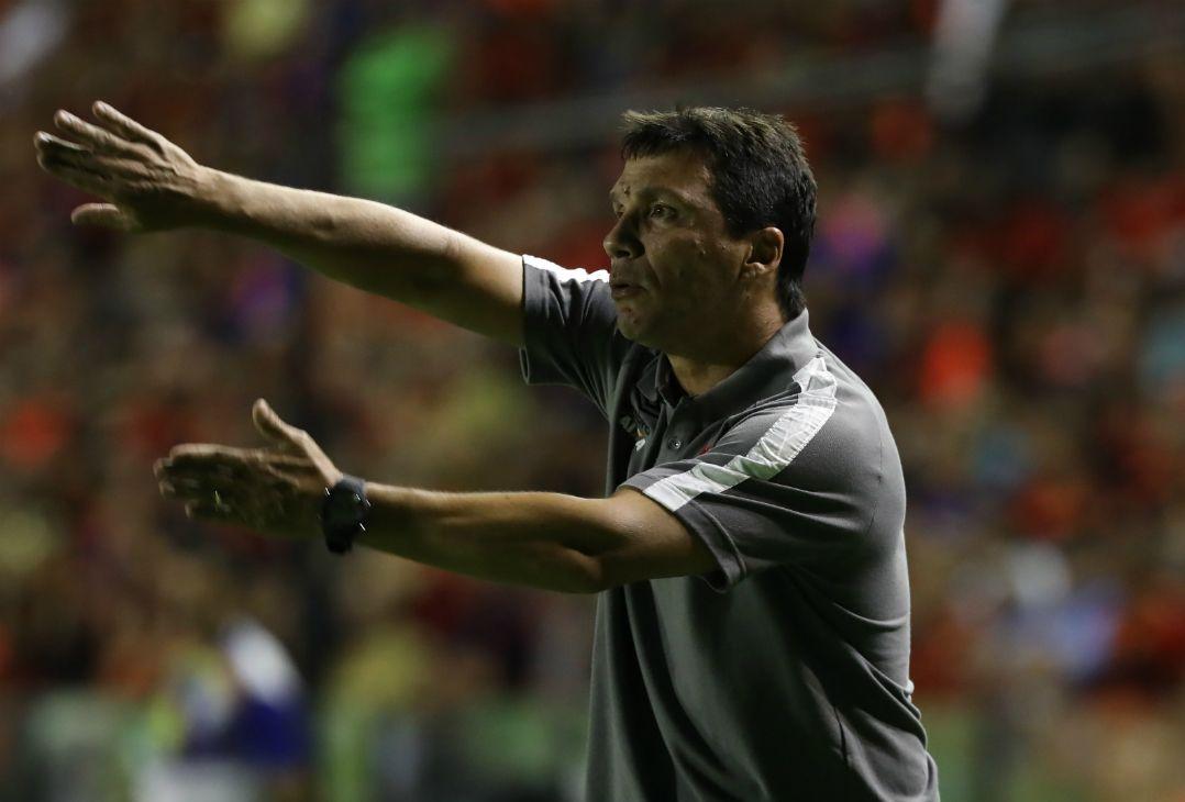 Zé Ricardo diz que time não fez a parte que esperava (Foto  Guga  Matos Estadão Conteúdo) f1c267a8c561d