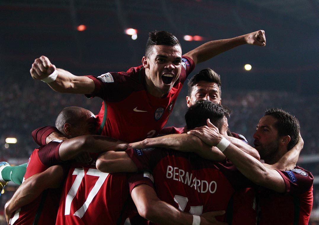 Portugal vence decisão contra Suíça e vai à Copa - Band.com.br 372c007b70468