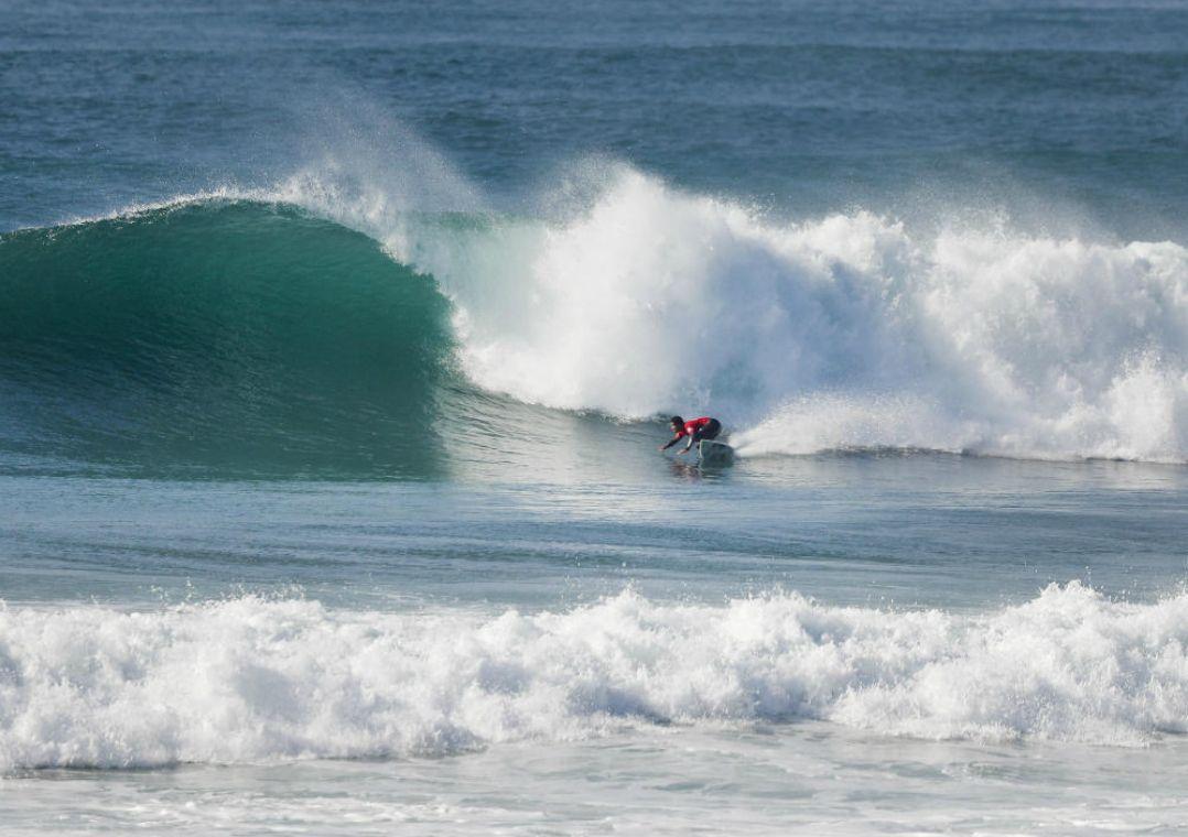 Competição de Surfe aconteceu nesta quinta-feira / Damien Poullenot/WSL