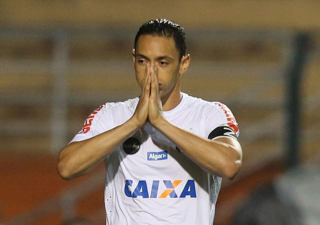 Atacante admitiu que o Santos teve dificuldades na partida (Foto  Nilton  Fukuda Estadão Conteúdo) dcbb704828ae6