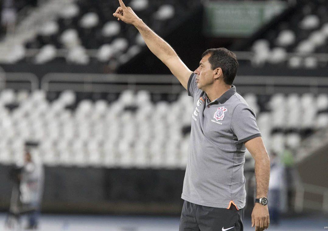 Carille na derrota do Corinthians para o Botafogo no Engenhão (Foto  Daniel  Augusto Jr Corinthians) 7cb944b18fa99