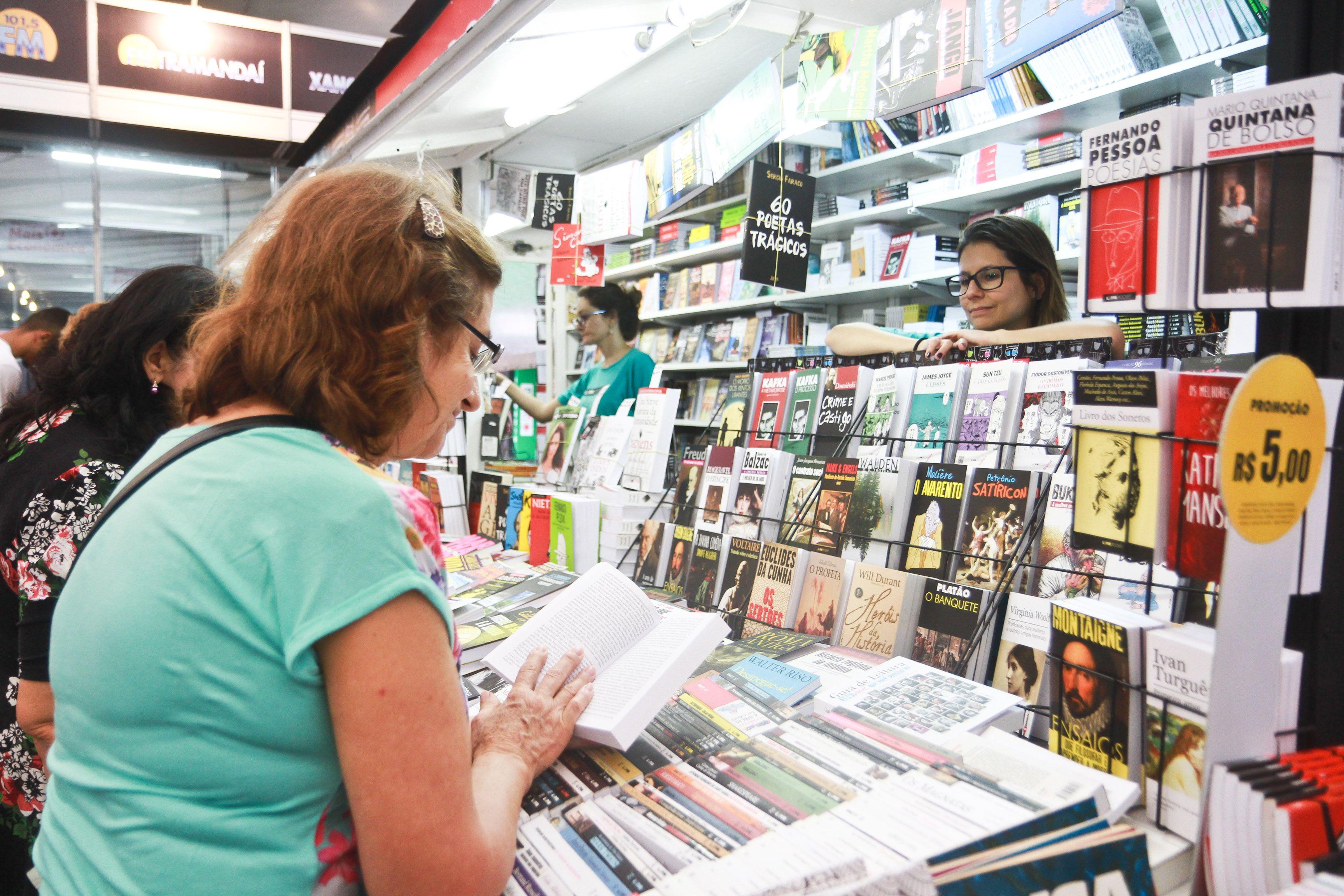 Uso da Praça da Alfândega para Feira do Livro 2018 será gratuita
