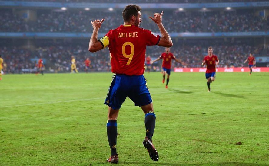 Abel Ruiz, atacante da seleção espanhola sub 17, comemora a classificação na final mundial / Divulgação / FIFA