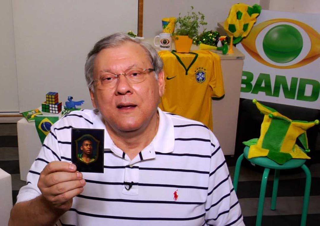 Milton Neves viaja no tempo com as figurinhas da Seleção