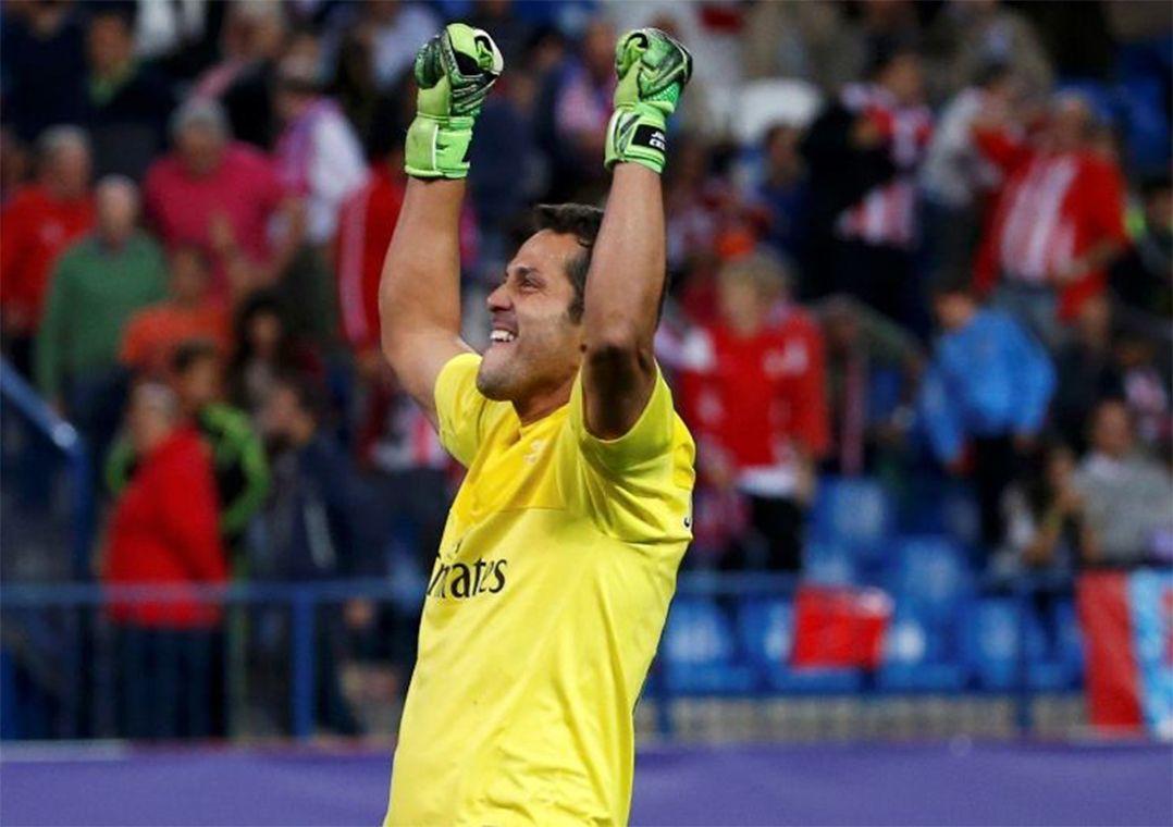 bba67e6b9d Julio Cesar estava sem clube desde que deixou o Benfica