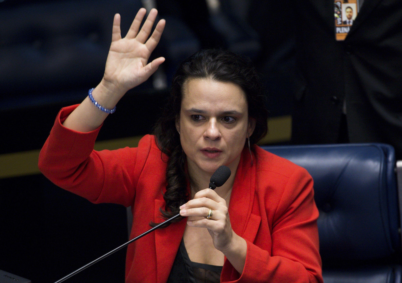 Janaina sobre dupla com Bolsonaro: 'revolucionaria o País'