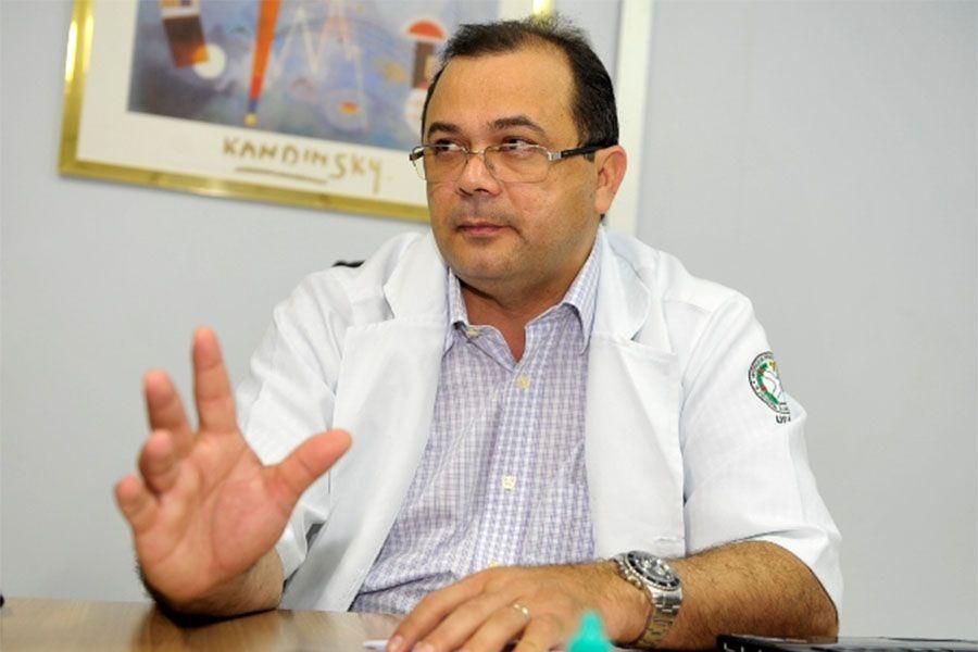 Último secretário de saúde de José Melo, Pedro Elias é um dos investigados / Reprodução/Internet