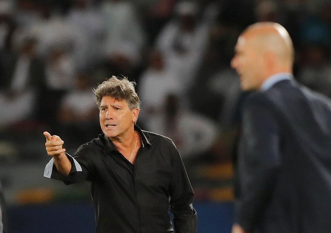 Renato Gaúcho durante final do Mundial de Clubes (Foto  Amr Abdallah  Dalsh Reuters) f72d5a2f12ff7