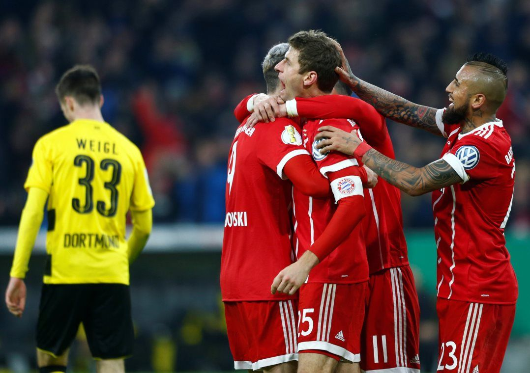 Boateng e Muller garantiram a vitória do Bayern em casa (Foto  Michaela  Rehle Reuters) 540c4cdfc63f6