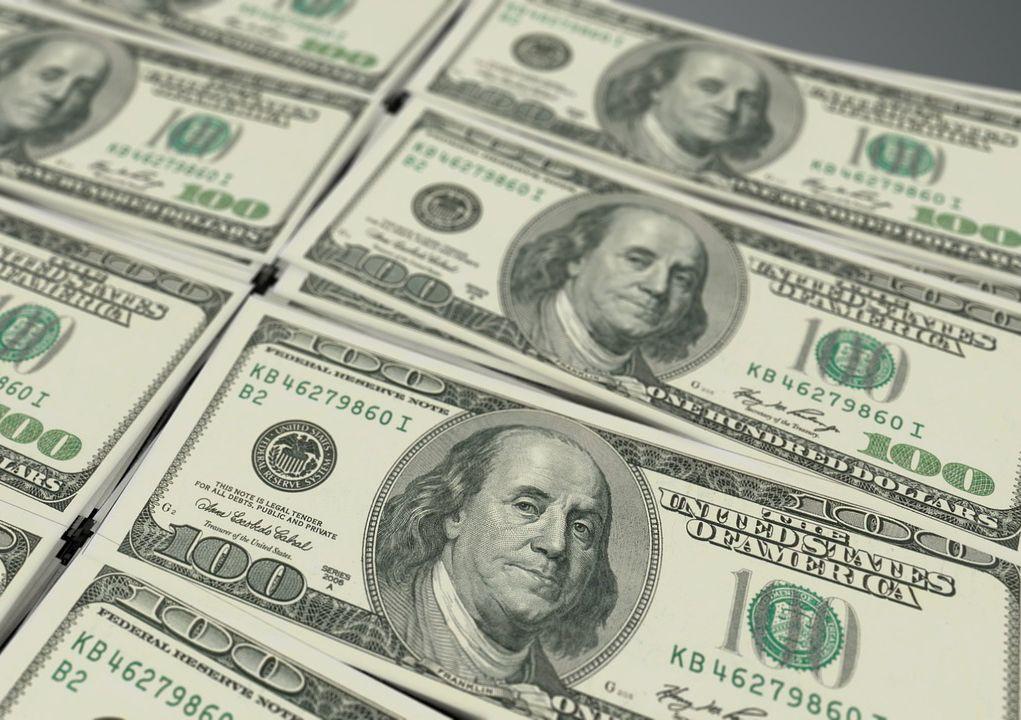 Dólar fecha a R$ 3,9052, com leve alta de 0,12%