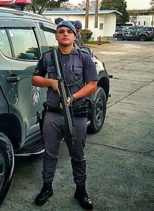 Soldado Assunção tem 29 anos e há quatros anos é Policial do Batalhão de Ações Especiais / Reprodução
