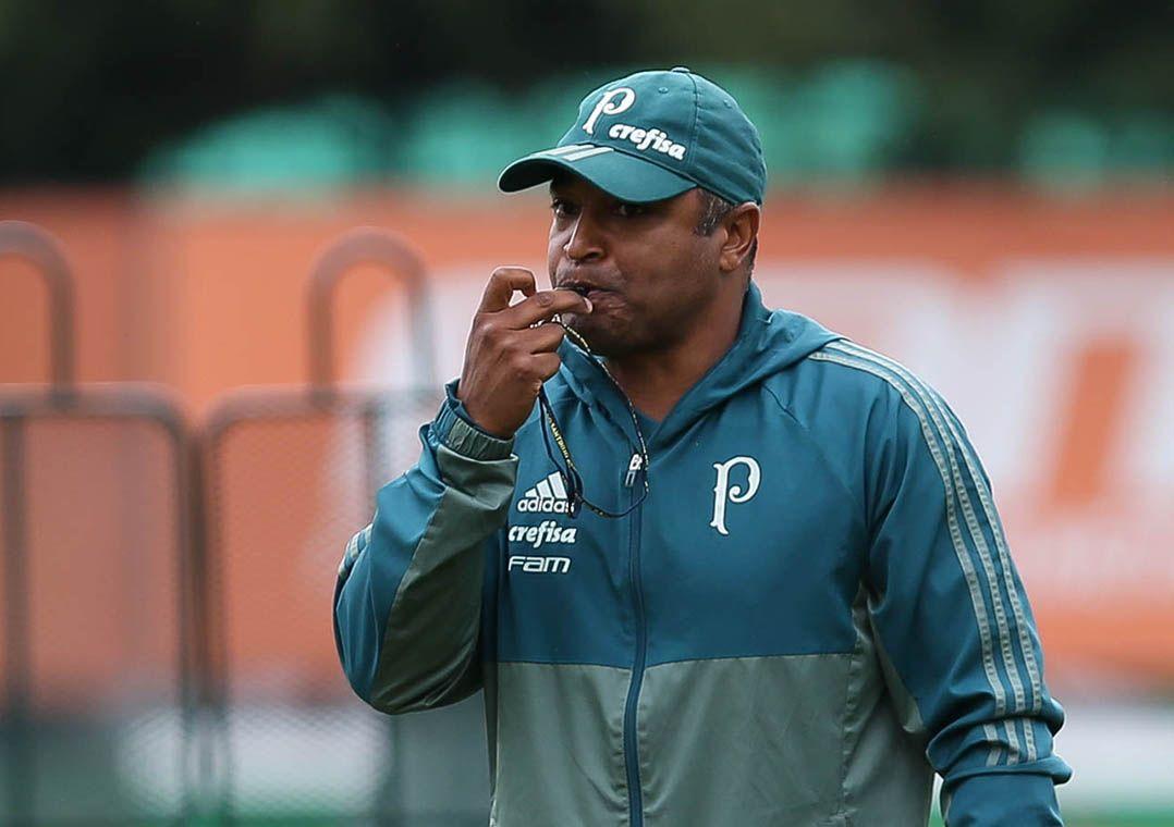 Palmeiras admite cansaço em estreia e deve ter mudanças para domingo