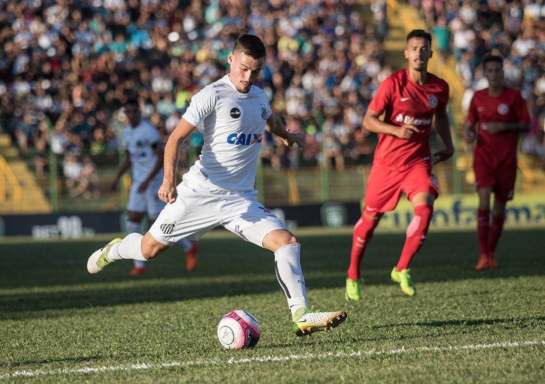 Inter goleia o Santos e pegará o São Paulo na semifinal da Copinha