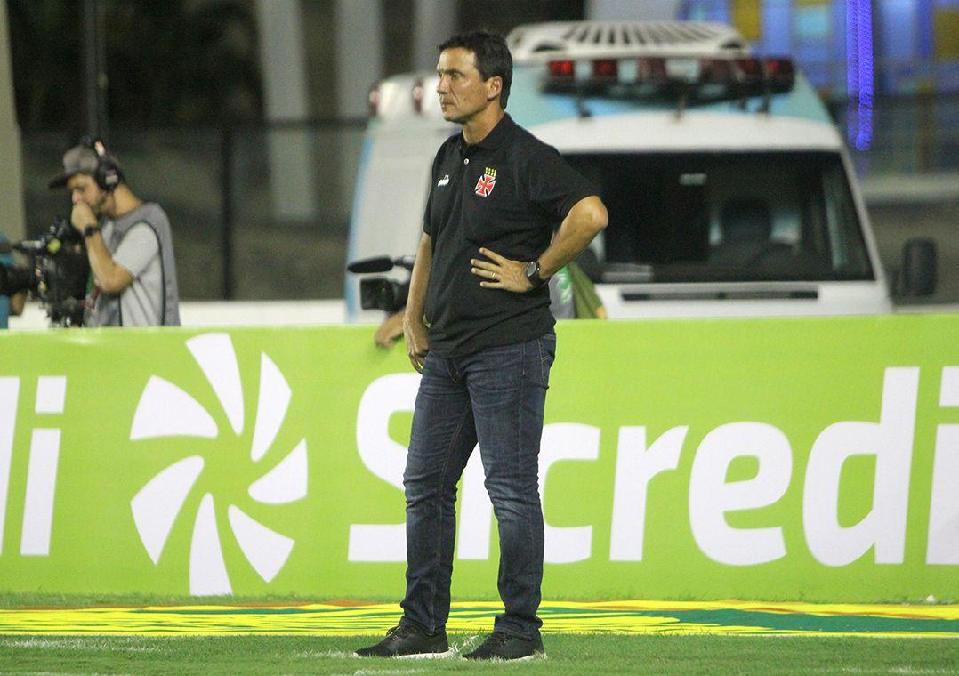 Para Zé Ricardo, derrota não influencia preparação para Libertadores