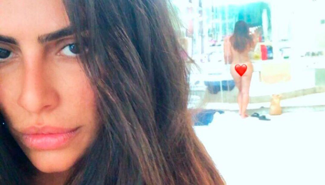 Cleo Pires divulga foto nua no banheiro