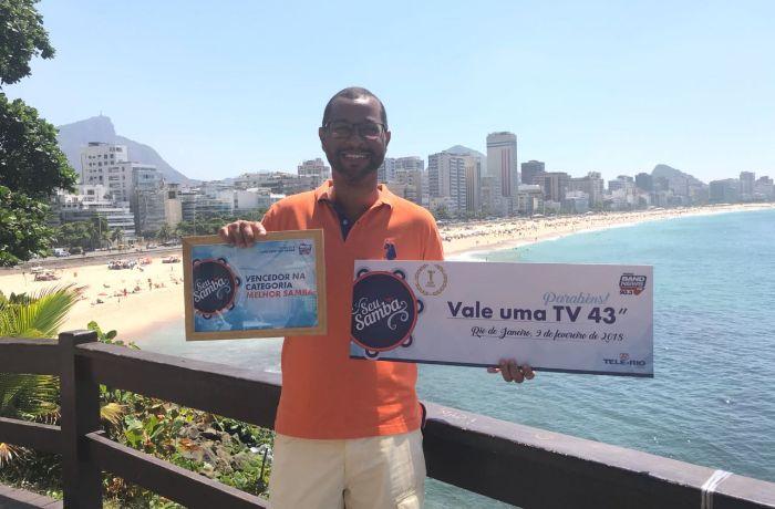 O grande vencedor levou uma TV de 43 polegadas / (Foto: Vinícius Fernandes)