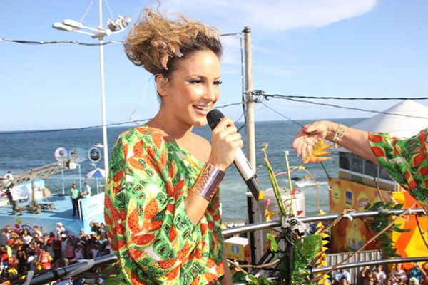 Claudia Leitte brilhou na despedida do Carnaval de Salvador