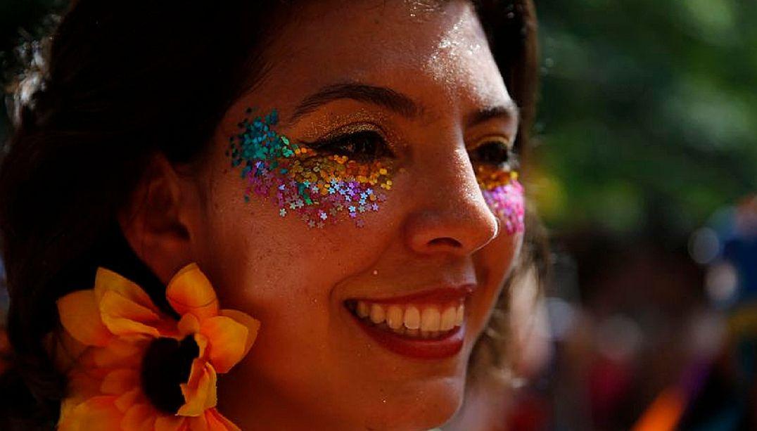Mais de 40 blocos desfilam neste fim de semana no Rio