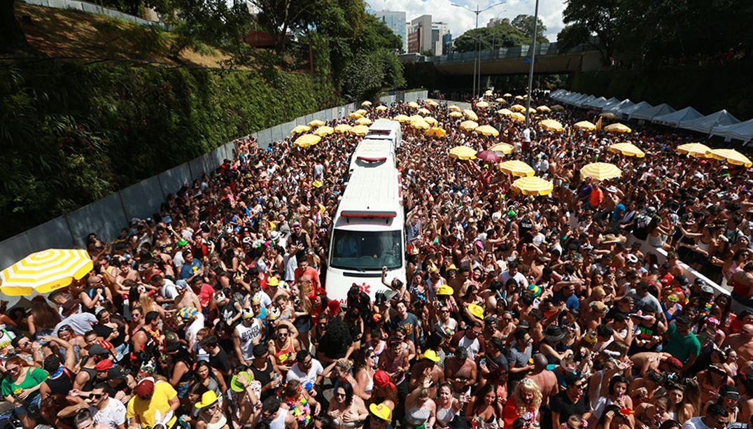Cade vai investigar exclusividade de cervejas no Carnaval de rua