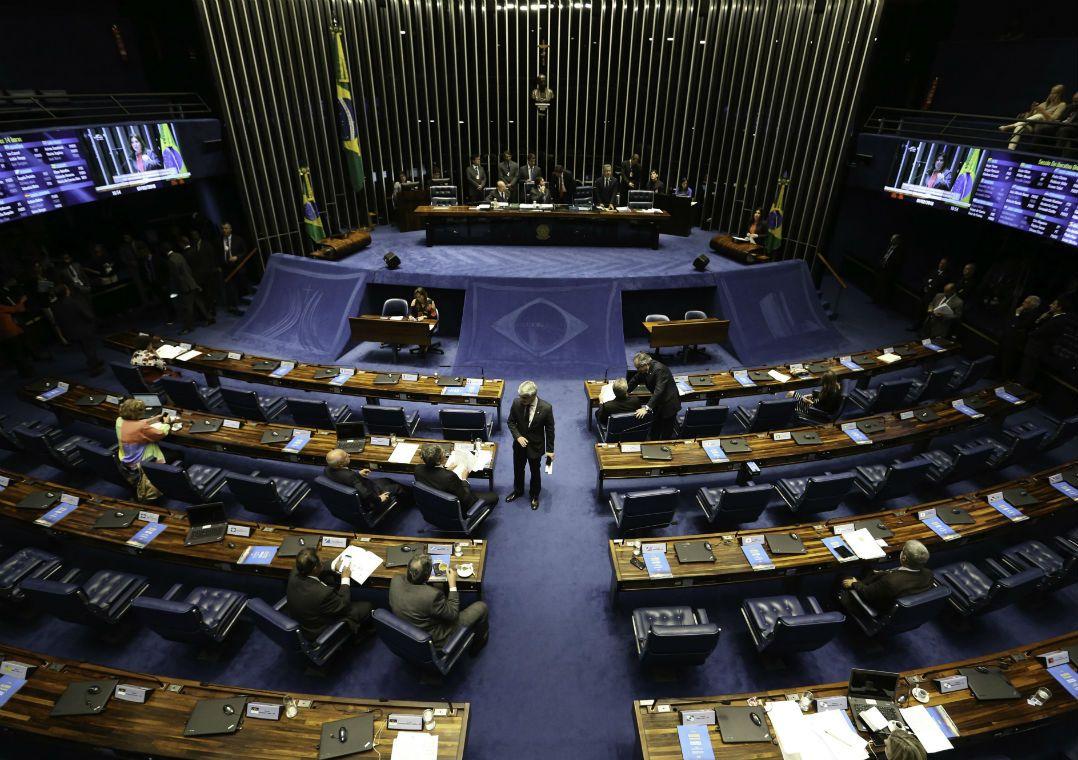 Senado aprova decreto que trata da intervenção federal no Rio