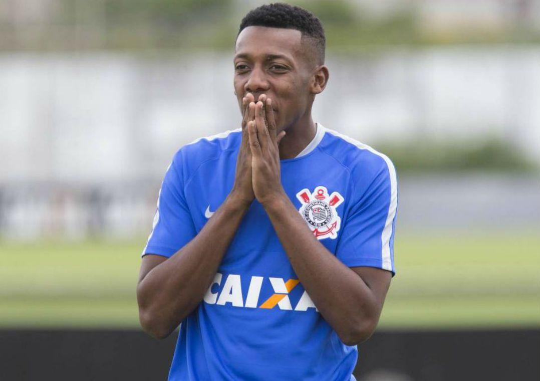 Moisés trocou o Corinthians pelo Botafogo (Foto  Daniel Augusto  Jr Corinthians ) 3fb6618c679e7