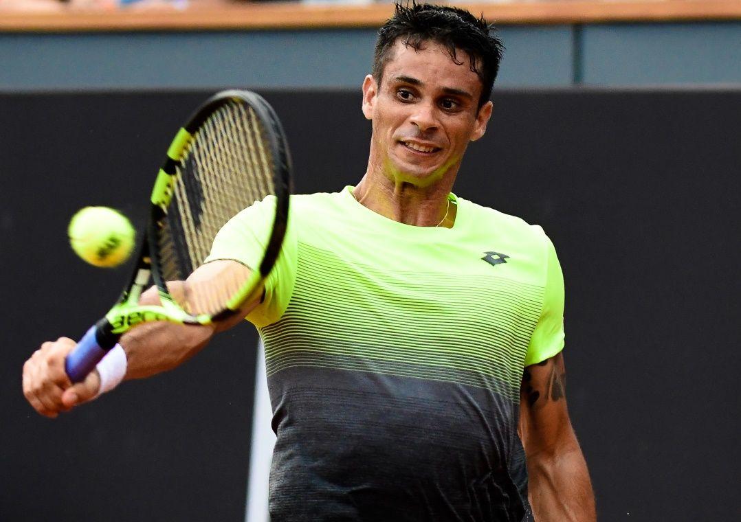 Rogerinho perde na estreia e dá adeus ao Rio Open