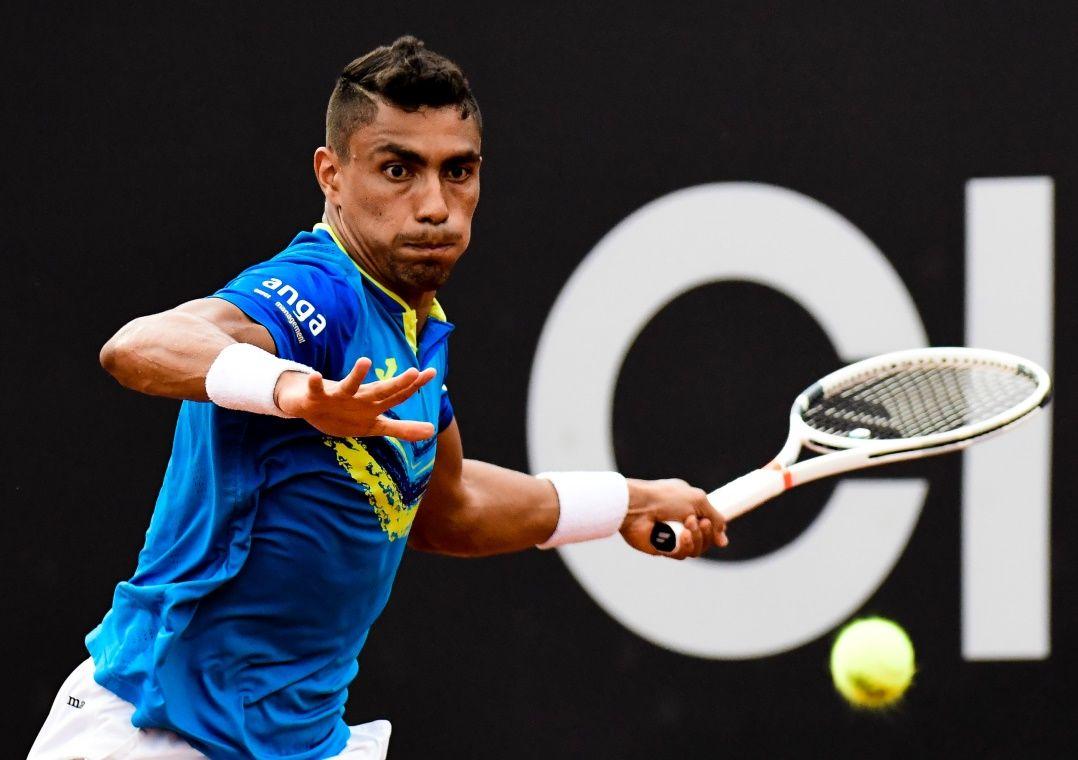 Monteiro desperdiça três match points e cai na estreia do Rio Open