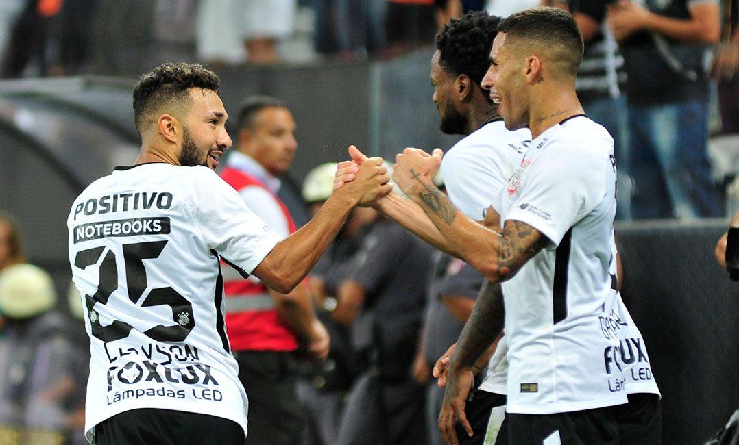 Corinthians e Bragantino se enfrentam pelas quartas de final do Paulistão / Bruno Ulivieri/Raw Image/Estadão Conteúdo