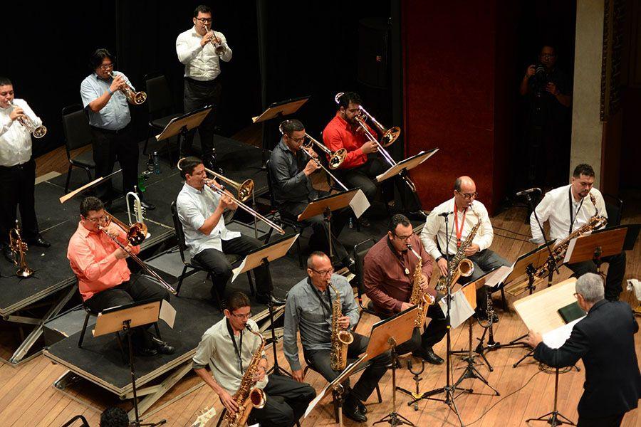 FAS celebra 10 anos e abertura será com Jazz Band no Teatro Amazonas
