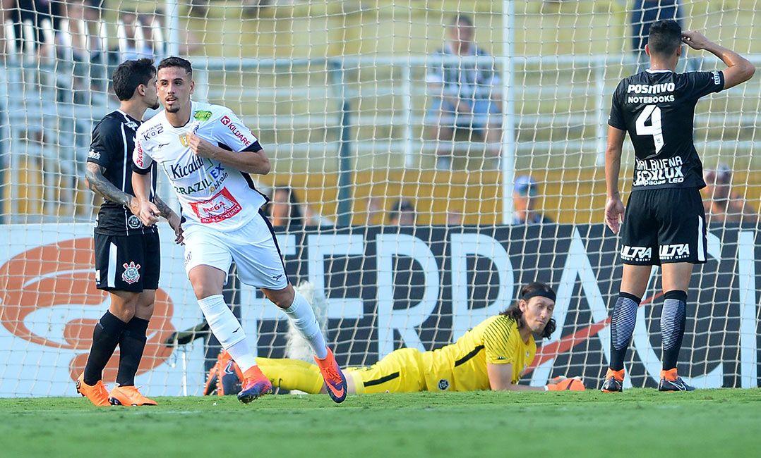 Resultado de imagem para Bragantino surpreende Corinthians e vence por 3 a 2 no Pacaembu