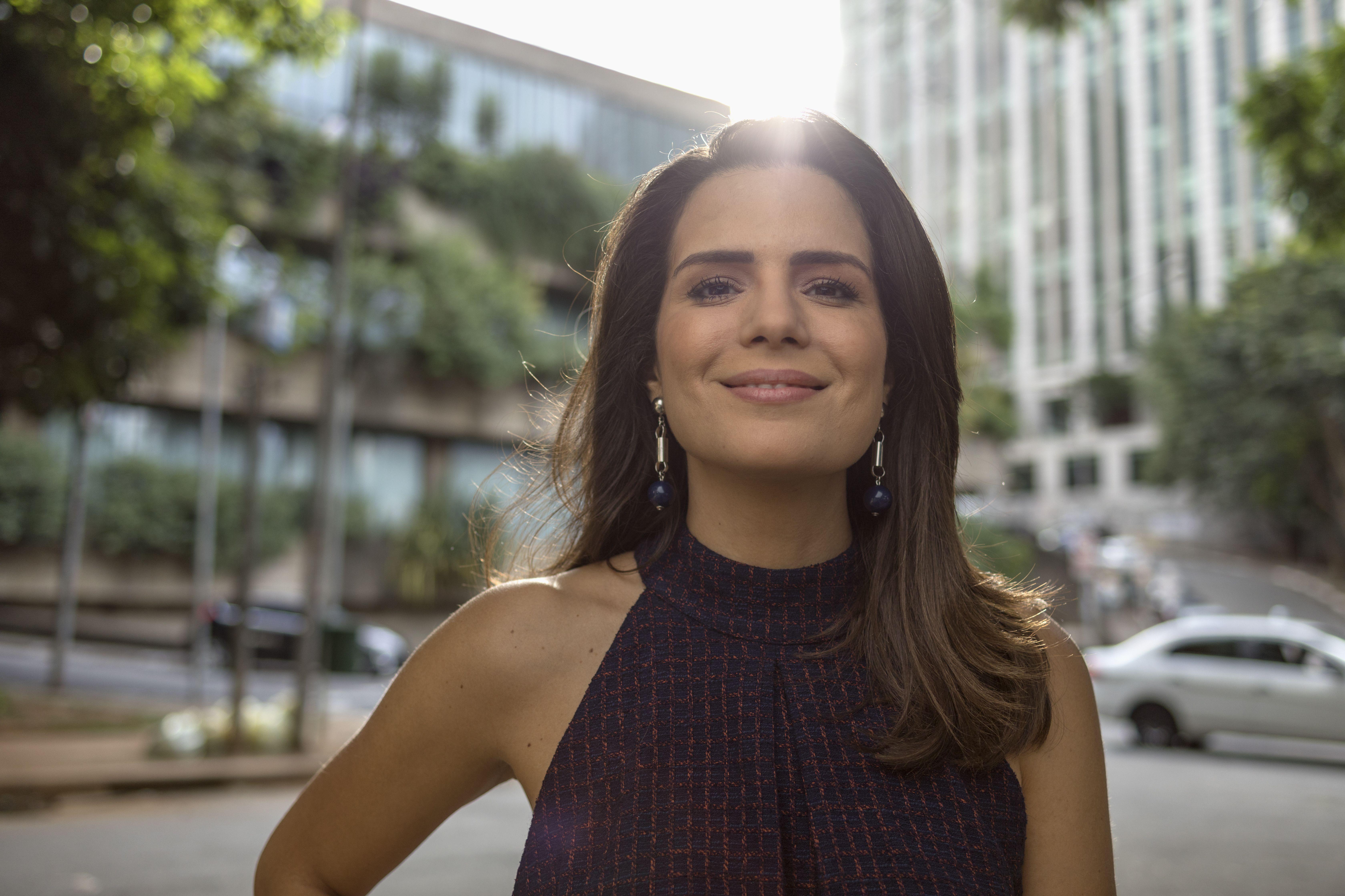 Natalia Leite é a apresentadora do Superpoderosas / Divulgação