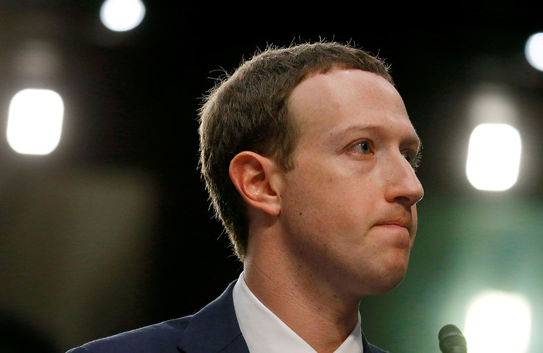 Zuckerberg pede desculpas à UE por vazamento de dados do Facebook