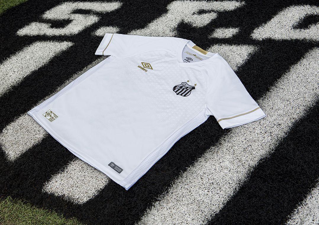 21c8d8d015 Com homenagem ao bi mundial, Santos apresenta nova camisa - Band.com.br