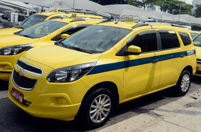 Depois do pagamento no valor de R$ 52,18 o taxista precisa ir até a sede do Ipem / Agência Brasil