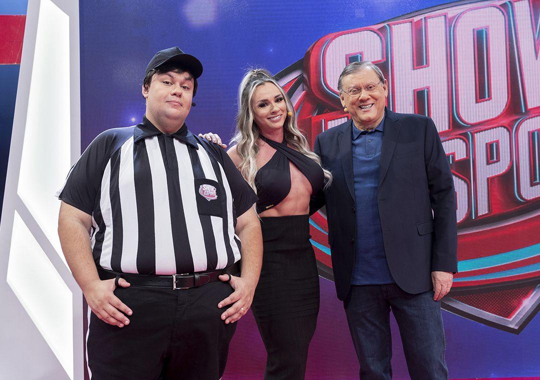 Show do Esporte estreia com futebol, bom humor e diversão