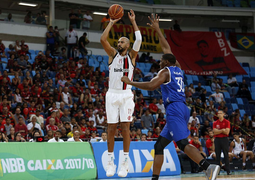 Flamengo vence o Minas na prorrogação e vai às semifinais do NBB