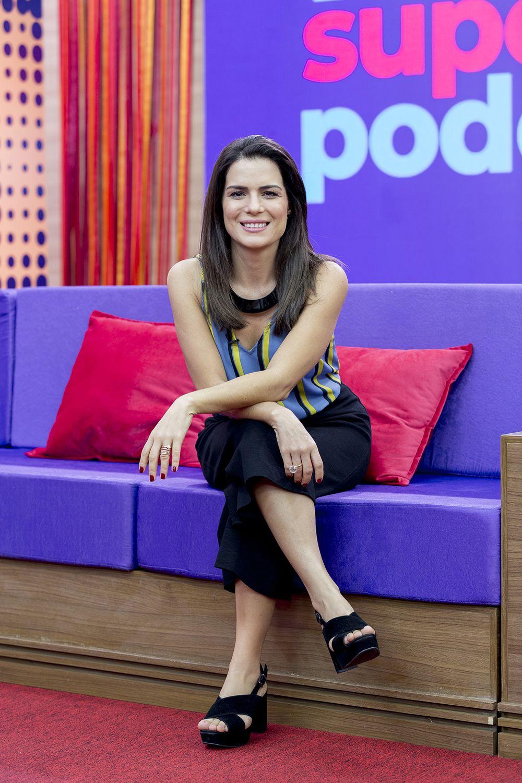 Natália Leite apresenta o programa / Divulgação