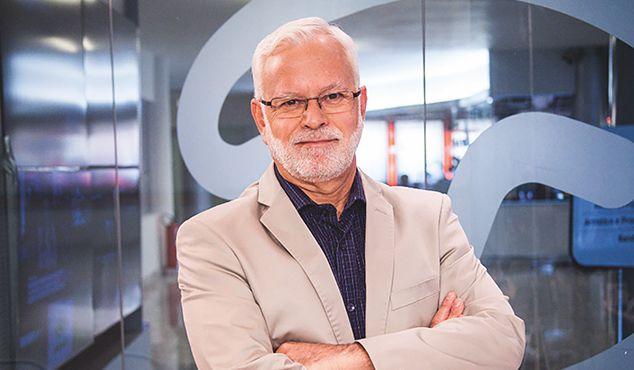 Tobias Ferraz é apresentador do canal TerraViva / Divulgação
