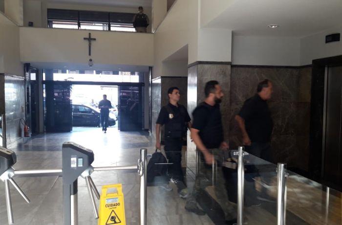 A operação também procura desarticular esquema de propina em hospitais  / Christiano Pinho