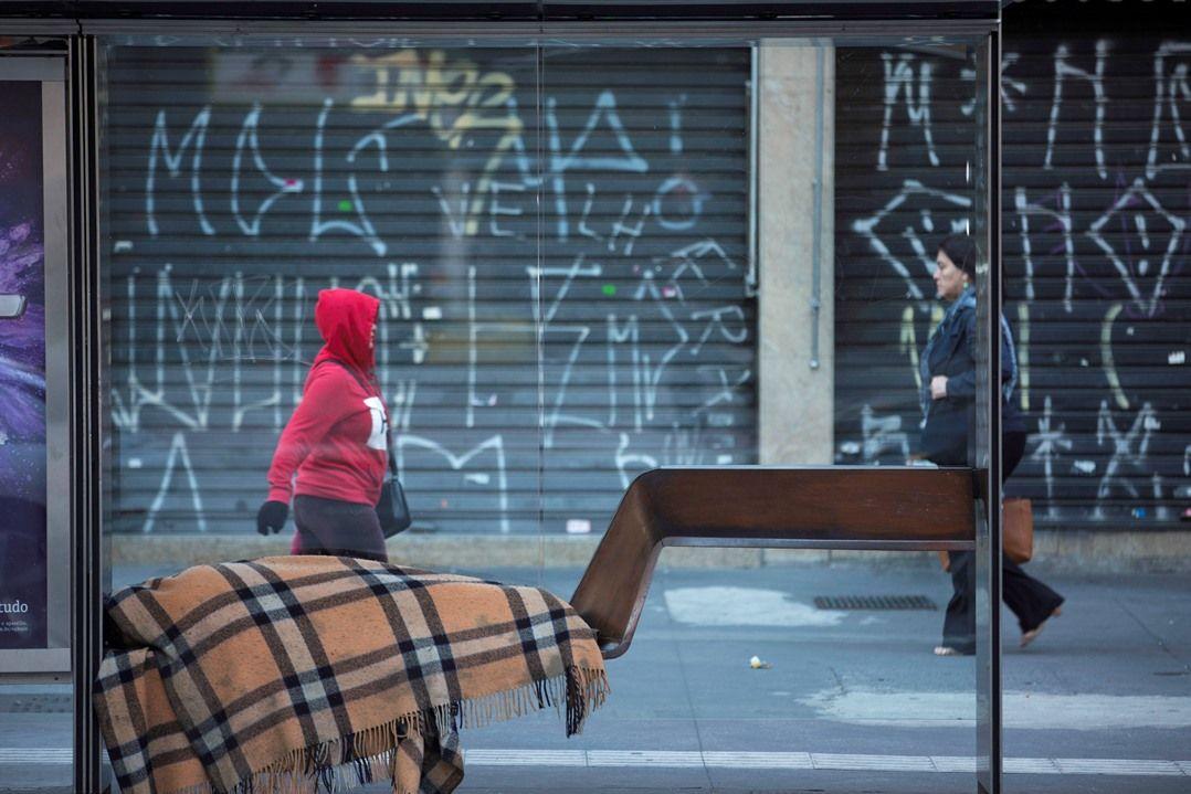 SP: Corpo de morador de rua é encontrado com marcas de violência