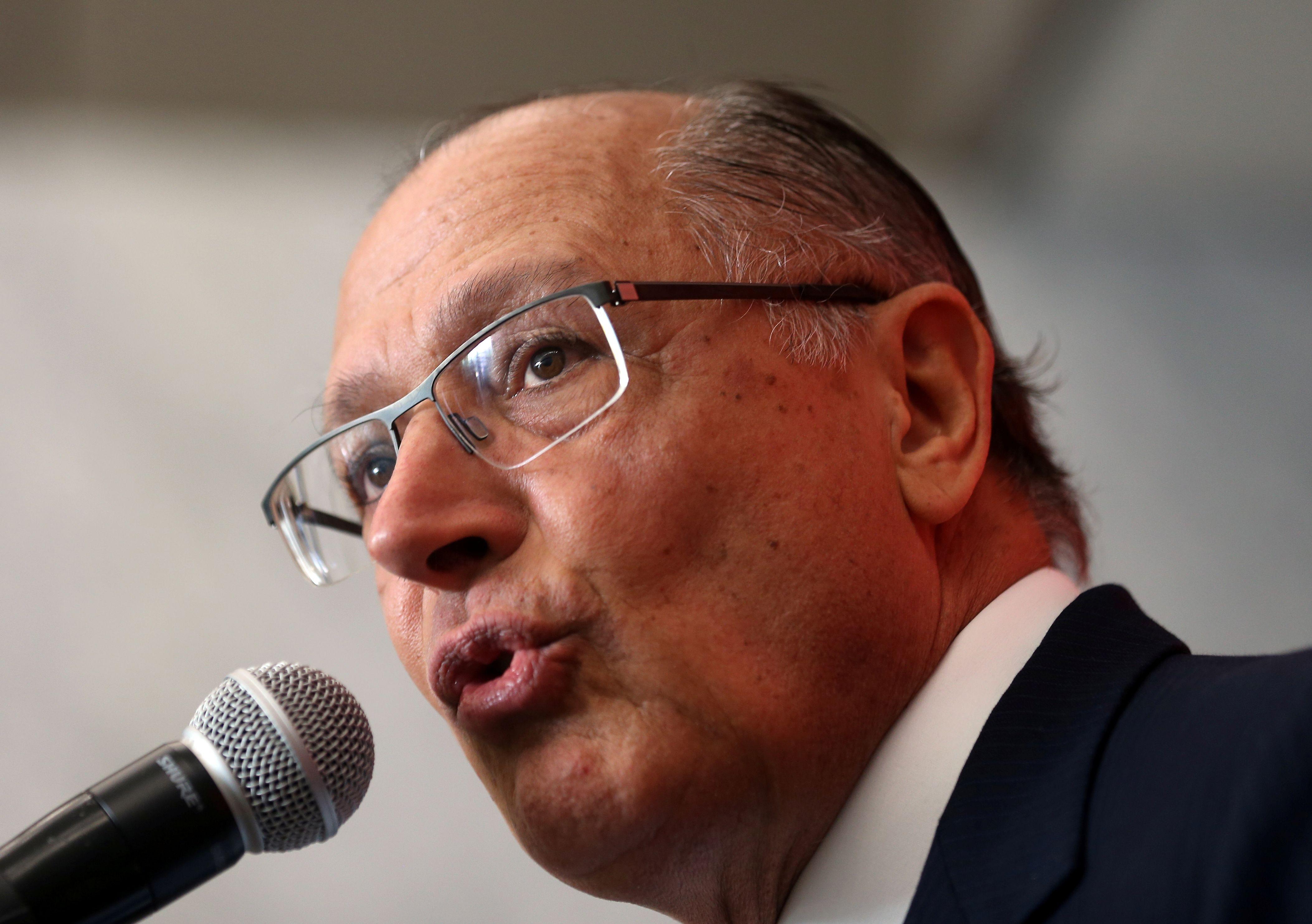 'Justiça não é vermelha nem azul', diz Alckmin sobre Azeredo