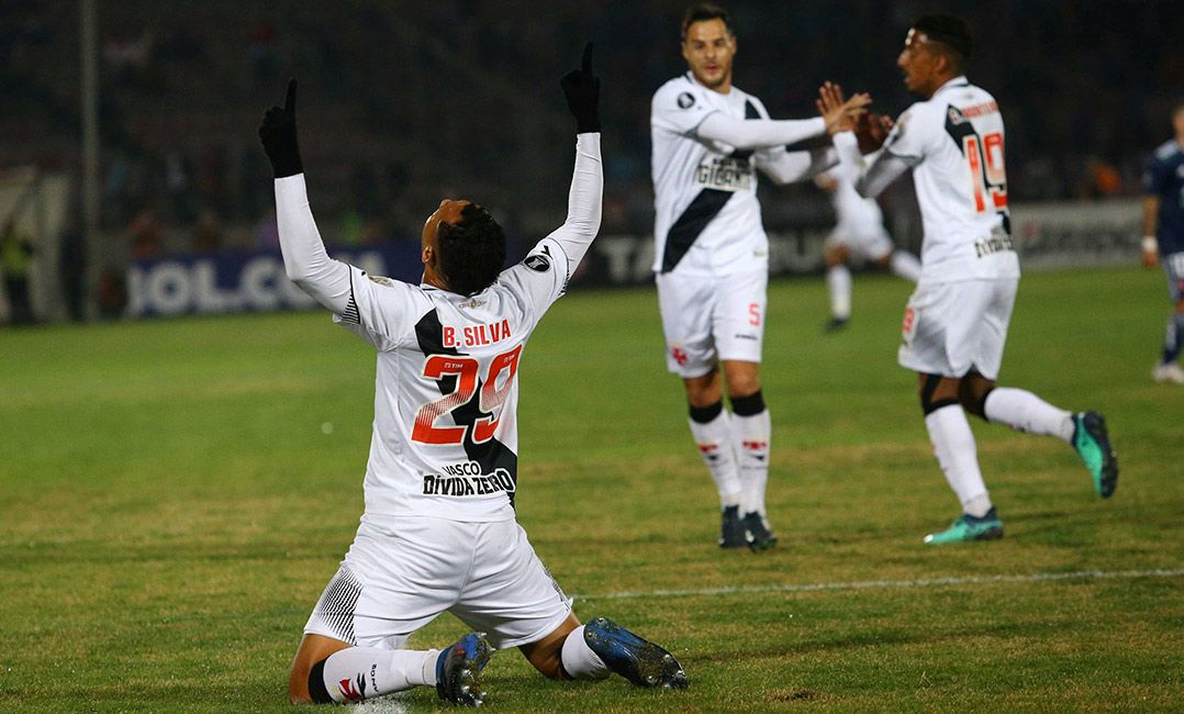 Vasco vence e garante vaga na Sul-Americana
